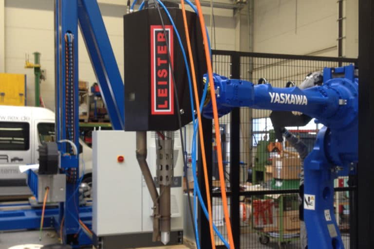 Comprehensive automation of the extruding process